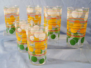 frank lloyd wright, bubbles, glasses,