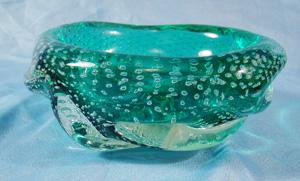 Controled bubble art glass ashtray                             murano fratelli toso