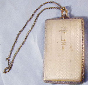 Evans ladies compact coin holder