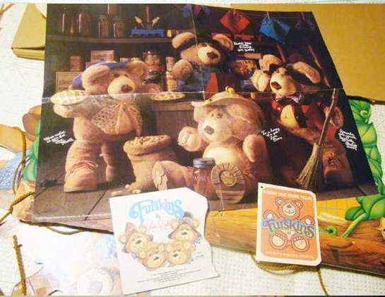 Xavier Roberts Furskin Bears Store                           Display