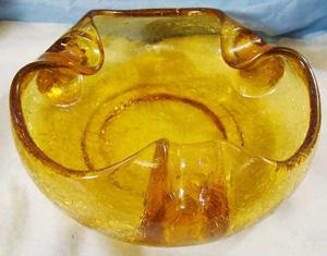 Viking Glass Crackle Art Glass ashtray                           retro vintage